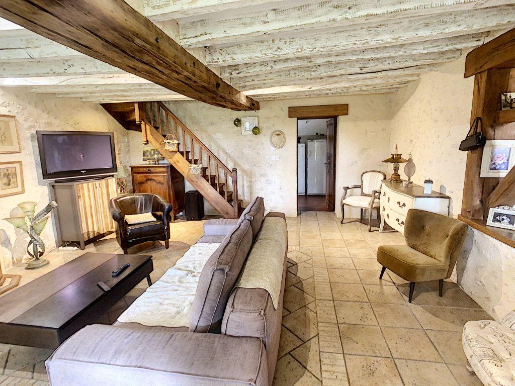 Maison à vendre 5 159m2 à Chémery vignette-13