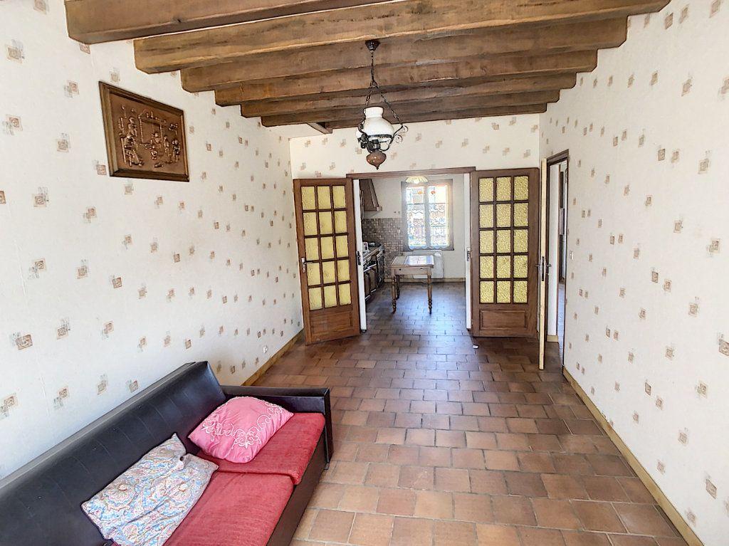 Maison à vendre 5 106m2 à Chabris vignette-5