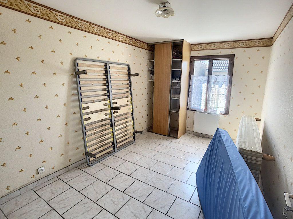 Maison à vendre 5 106m2 à Chabris vignette-6