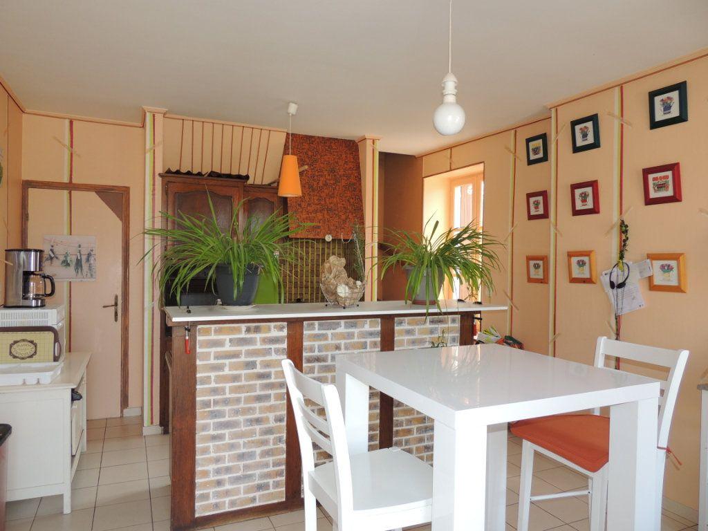 Maison à vendre 5 126m2 à Lye vignette-2