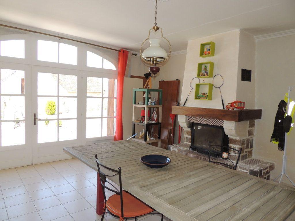 Maison à vendre 5 126m2 à Lye vignette-3