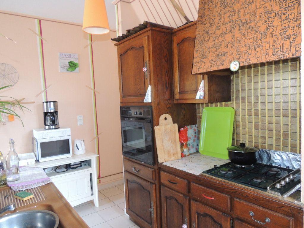 Maison à vendre 5 126m2 à Lye vignette-9