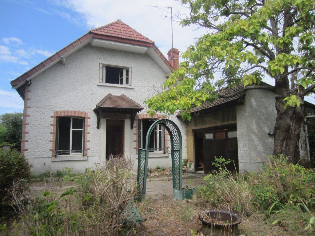 Maison à vendre 3 69.12m2 à Selles-sur-Cher vignette-1