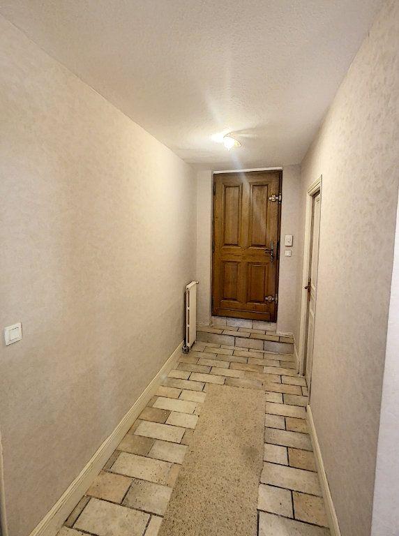 Maison à vendre 9 238.69m2 à Romorantin-Lanthenay vignette-5