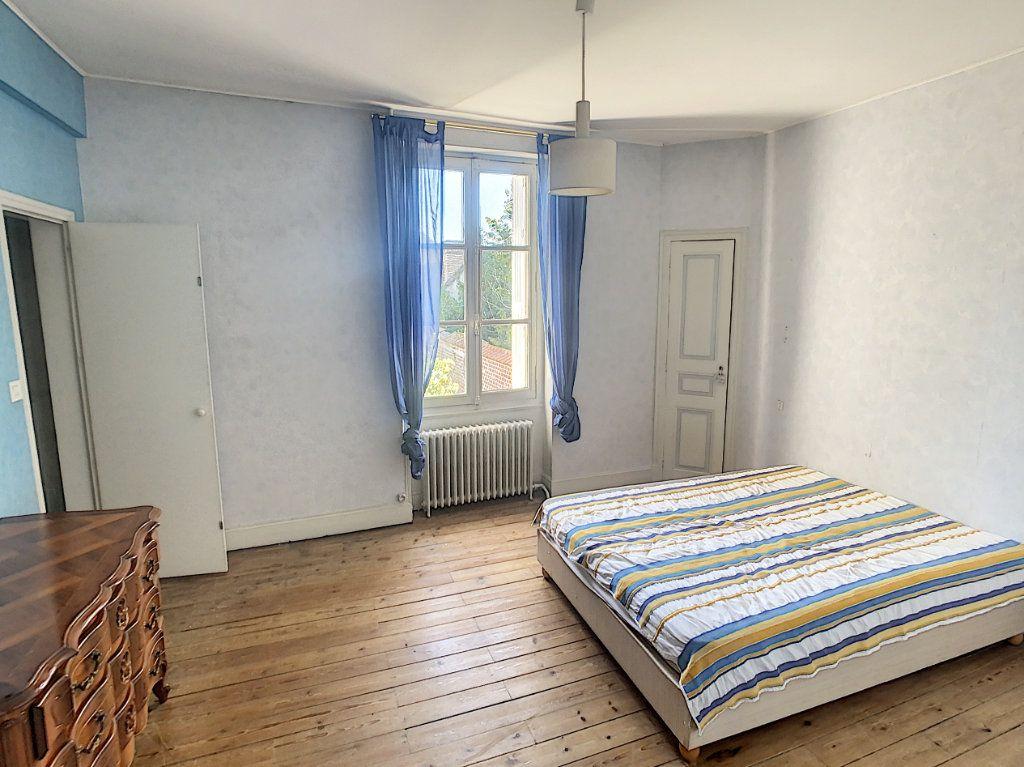 Maison à vendre 9 238.69m2 à Romorantin-Lanthenay vignette-10
