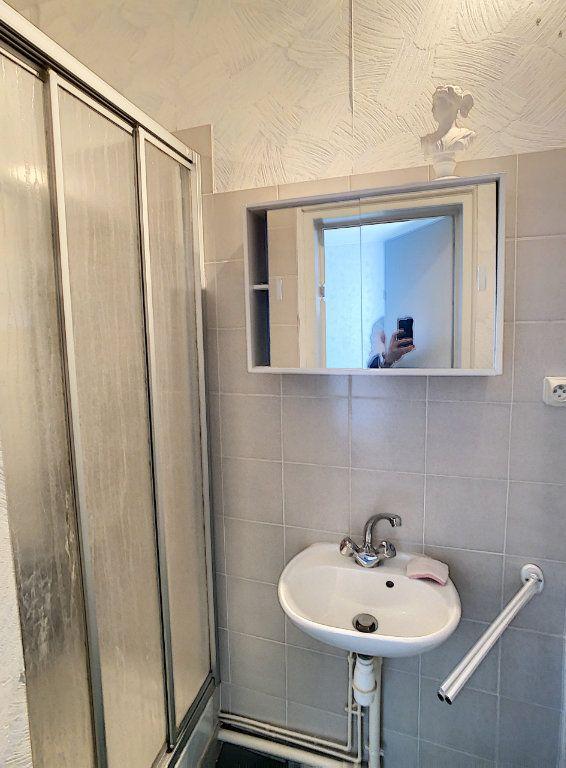Maison à vendre 9 238.69m2 à Romorantin-Lanthenay vignette-11