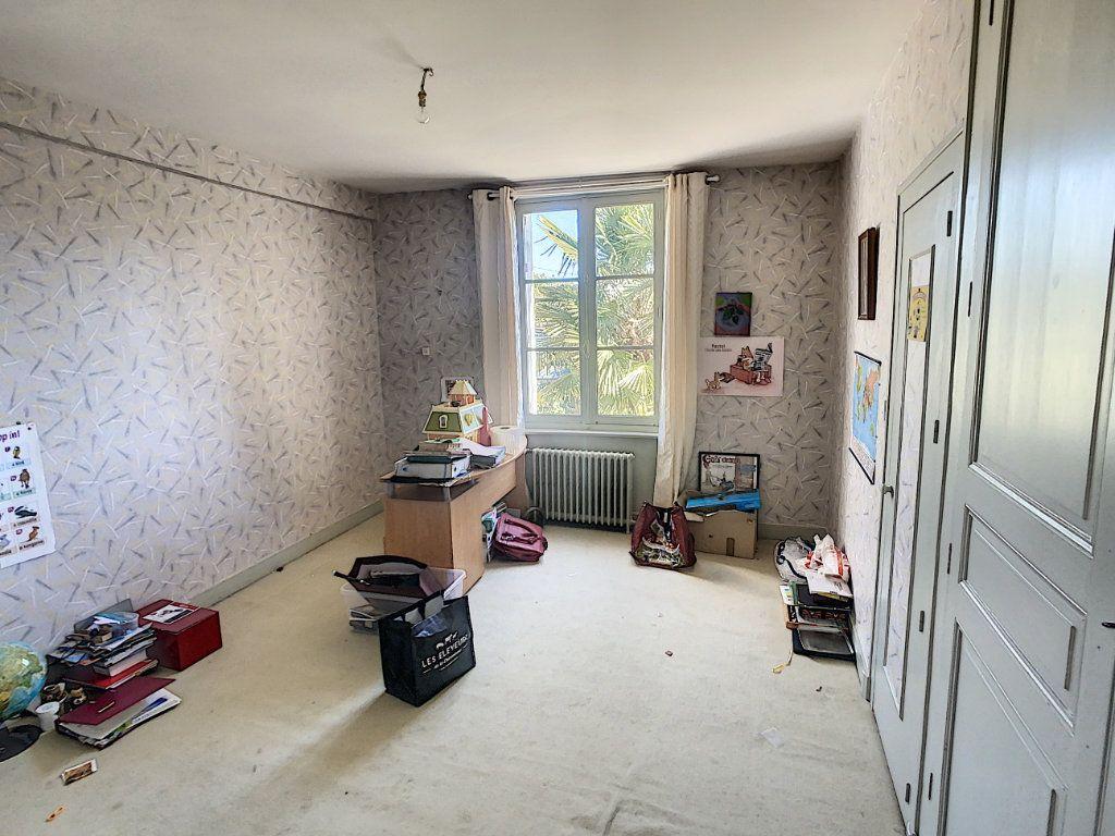 Maison à vendre 9 238.69m2 à Romorantin-Lanthenay vignette-14