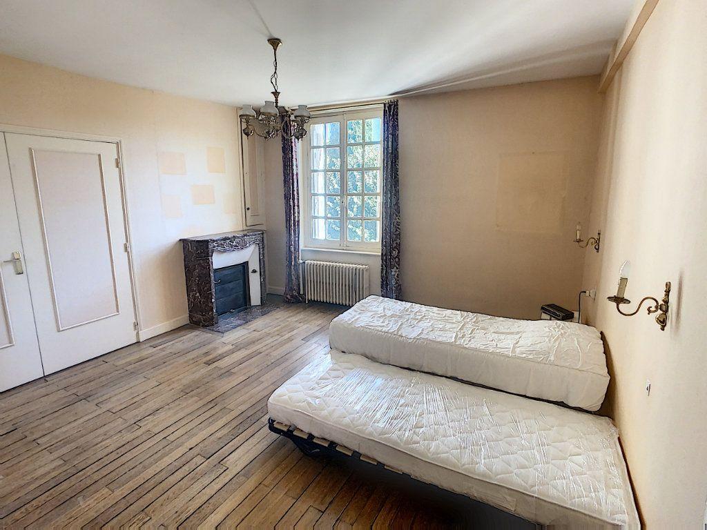Maison à vendre 9 238.69m2 à Romorantin-Lanthenay vignette-15