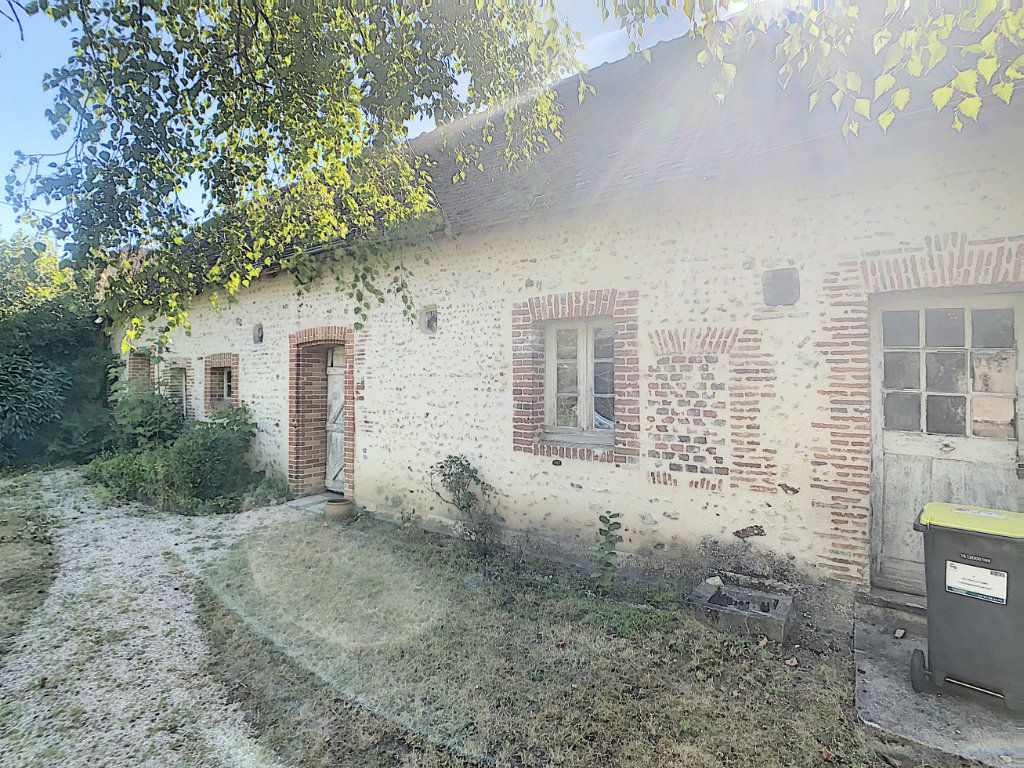 Maison à vendre 9 238.69m2 à Romorantin-Lanthenay vignette-17