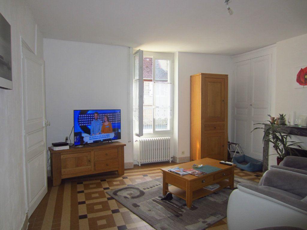 Maison à vendre 6 168.63m2 à La Vernelle vignette-2