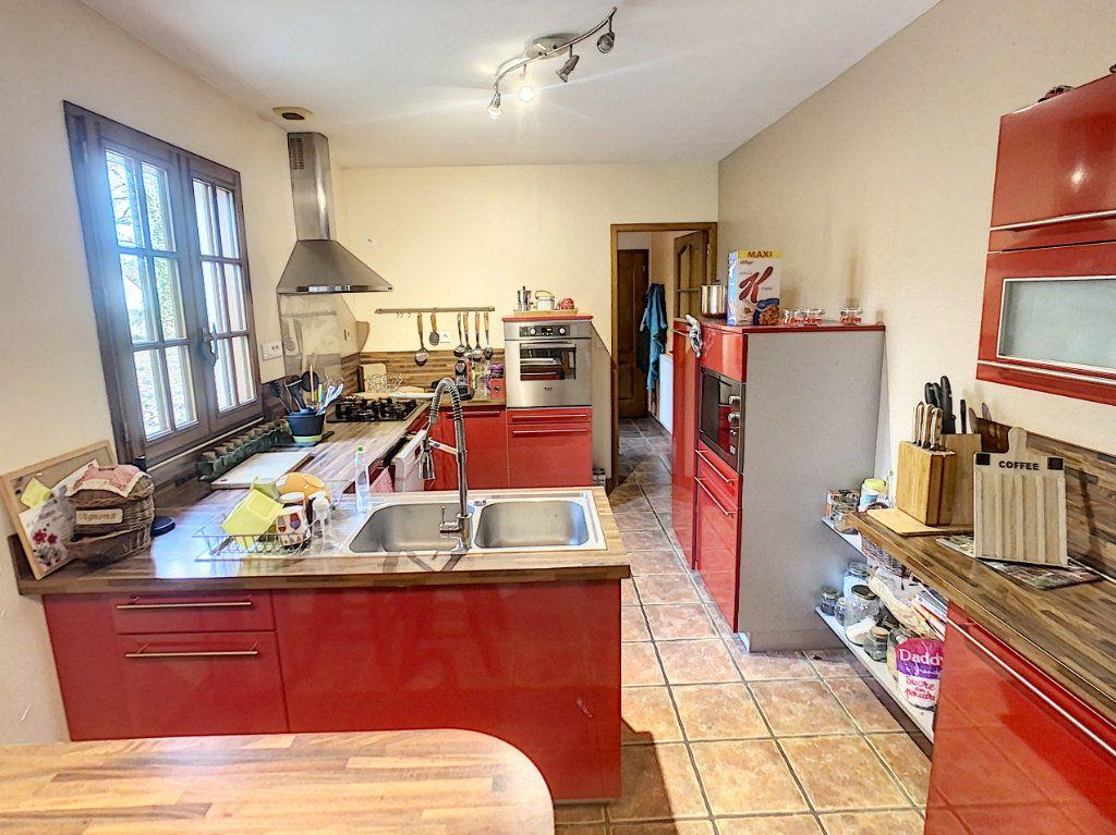 Maison à vendre 4 111.12m2 à Villefranche-sur-Cher vignette-4