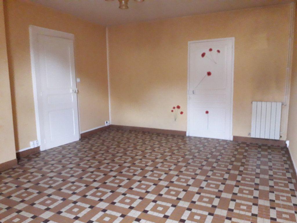 Maison à vendre 4 130.5m2 à Romorantin-Lanthenay vignette-3
