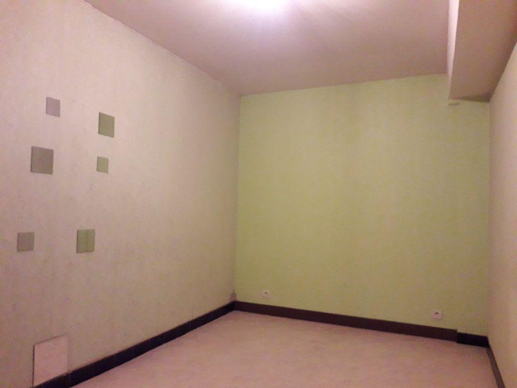 Maison à vendre 4 130.5m2 à Romorantin-Lanthenay vignette-5