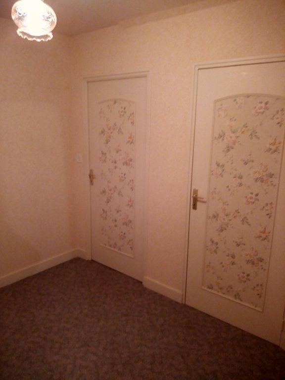 Maison à vendre 5 214.09m2 à Romorantin-Lanthenay vignette-11