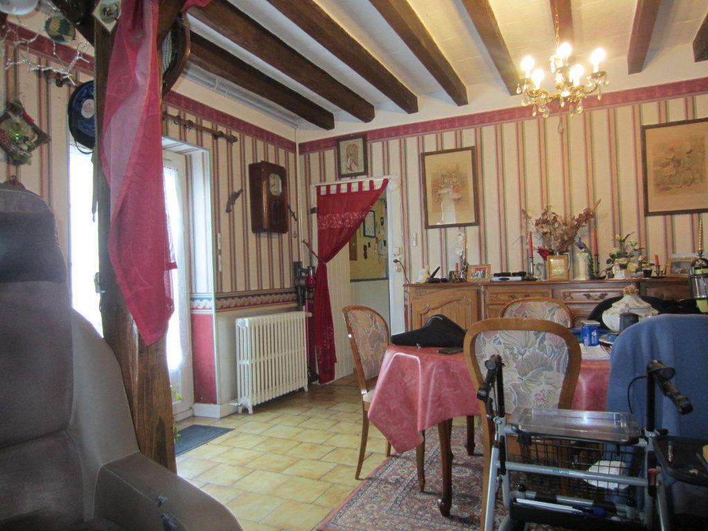Maison à vendre 5 128.97m2 à Gièvres vignette-3