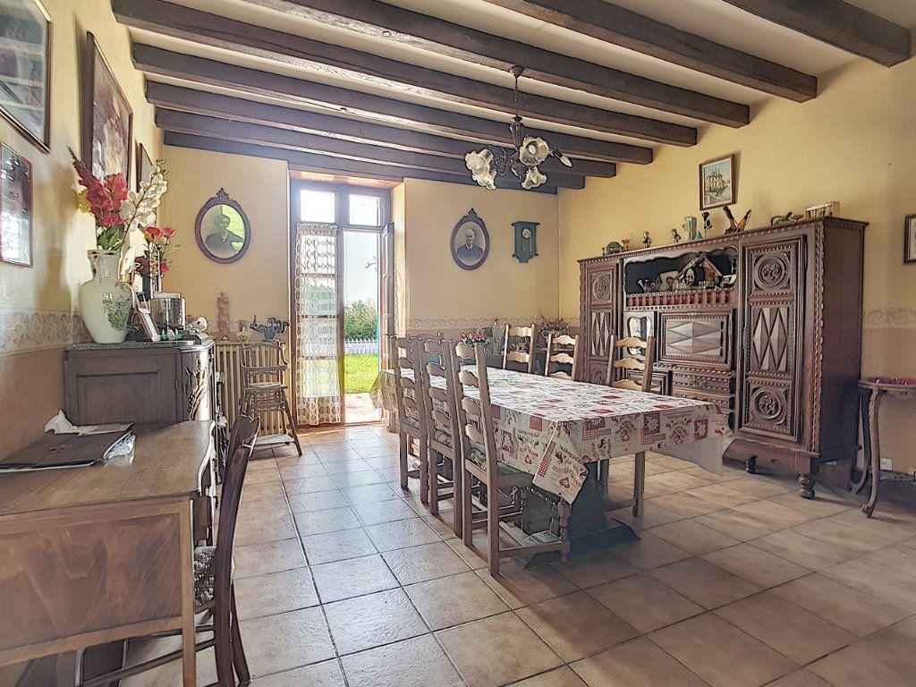 Maison à vendre 4 135.9m2 à Valençay vignette-3