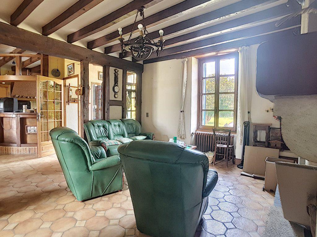 Maison à vendre 4 135.9m2 à Valençay vignette-5