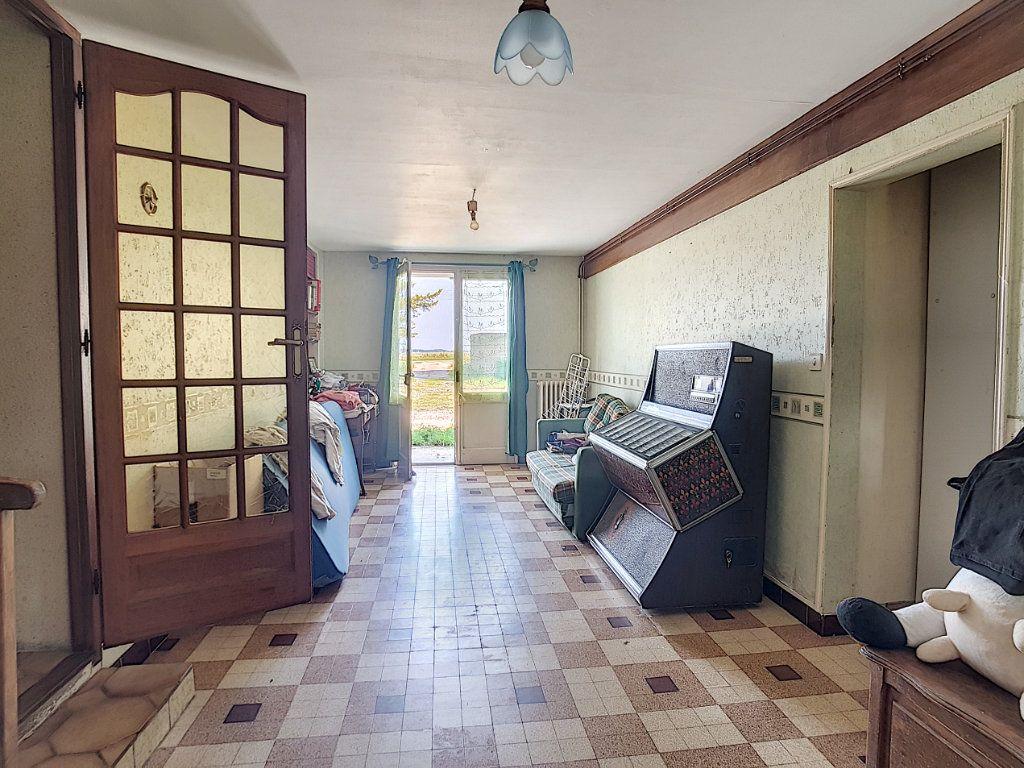 Maison à vendre 4 135.9m2 à Valençay vignette-7