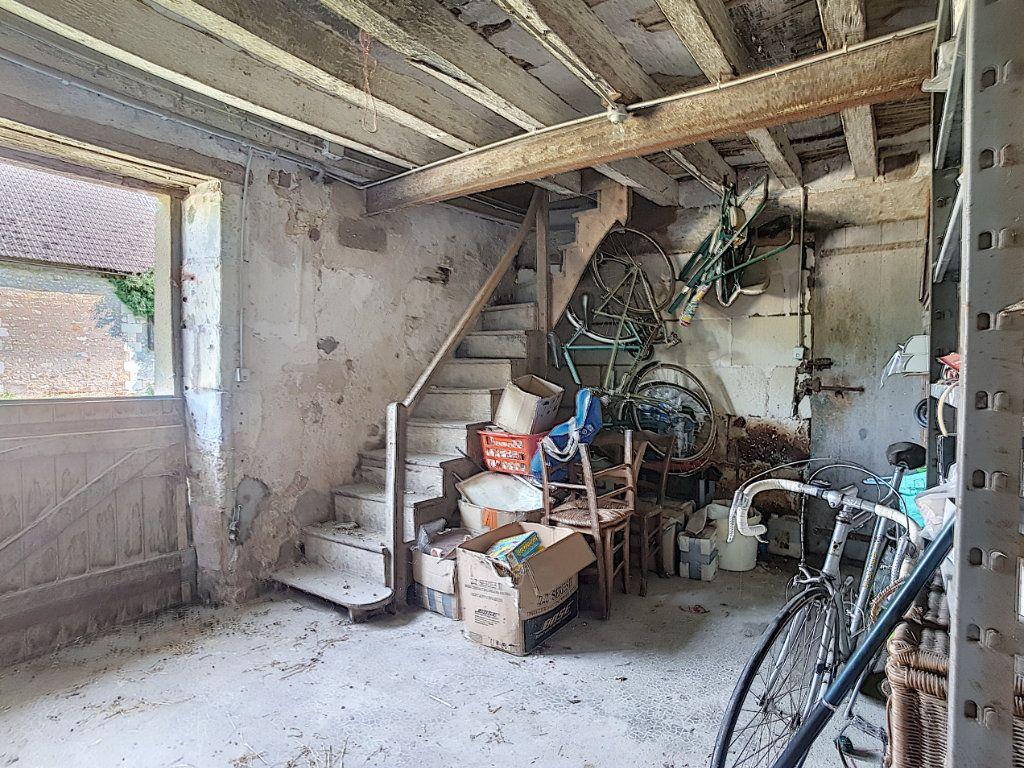 Maison à vendre 4 135.9m2 à Valençay vignette-11