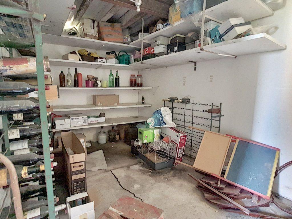 Maison à vendre 4 135.9m2 à Valençay vignette-12