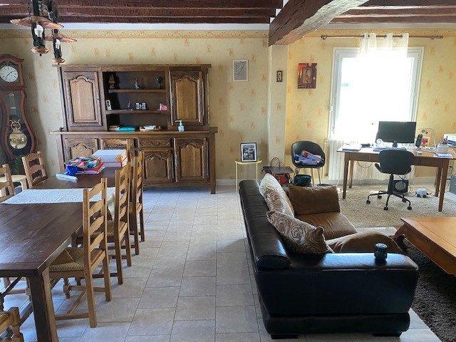 Maison à vendre 4 124m2 à Anjouin vignette-3