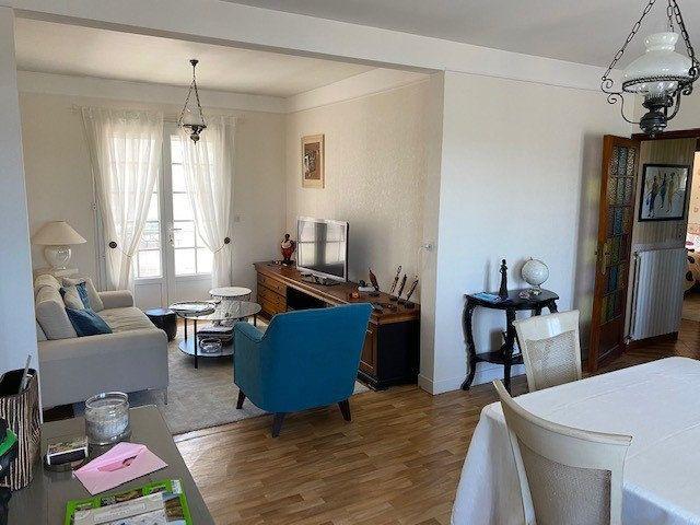 Maison à vendre 4 124m2 à Anjouin vignette-5