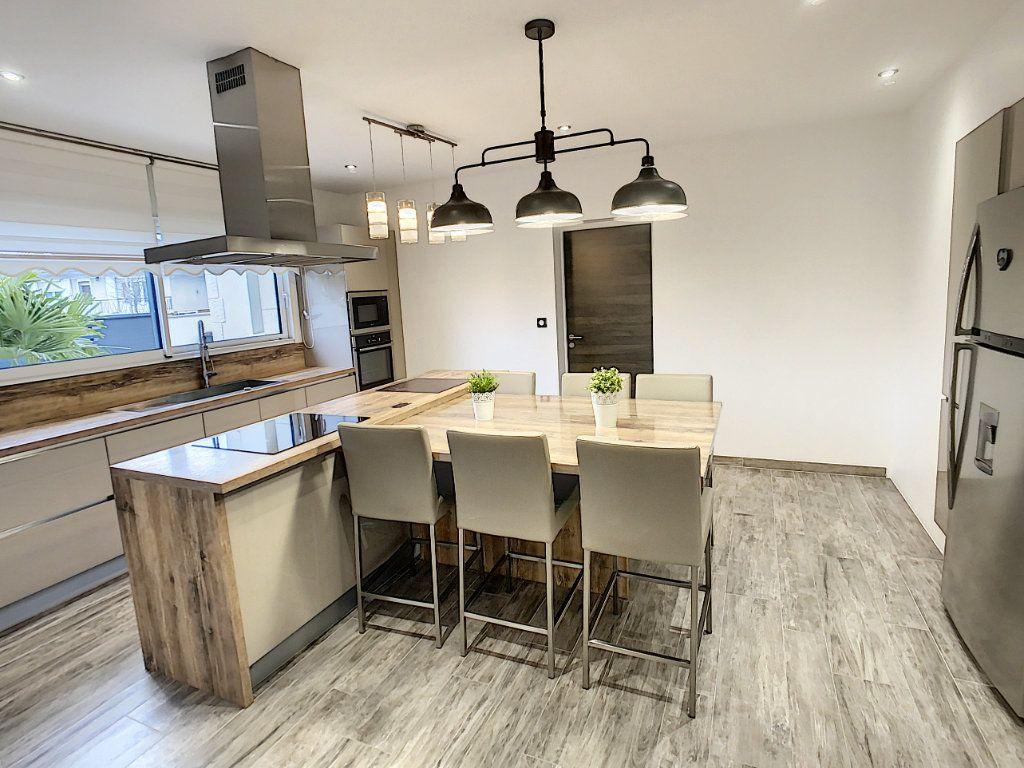 Maison à vendre 8 192.8m2 à Romorantin-Lanthenay vignette-5