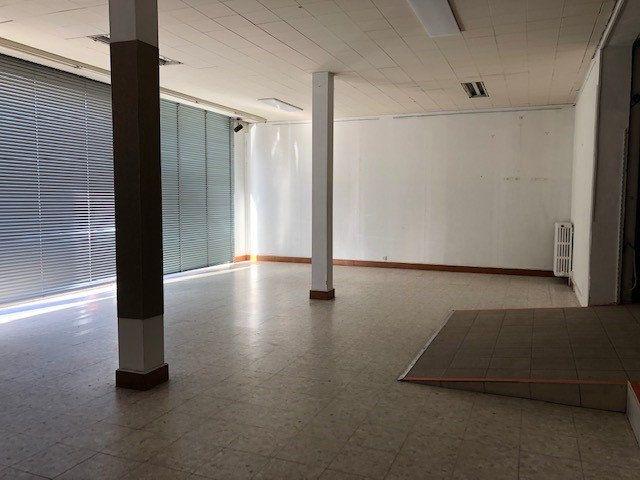 Immeuble à vendre 0 660m2 à Romorantin-Lanthenay vignette-2