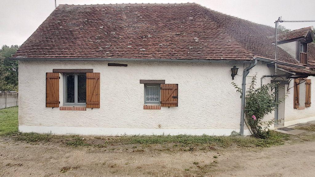 Maison à vendre 5 151.62m2 à Saint-Julien-sur-Cher vignette-2