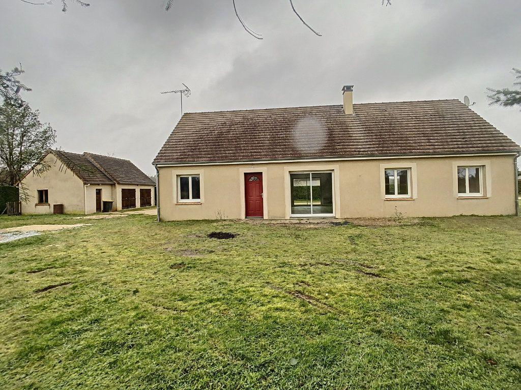 Maison à vendre 5 113.53m2 à Gièvres vignette-1