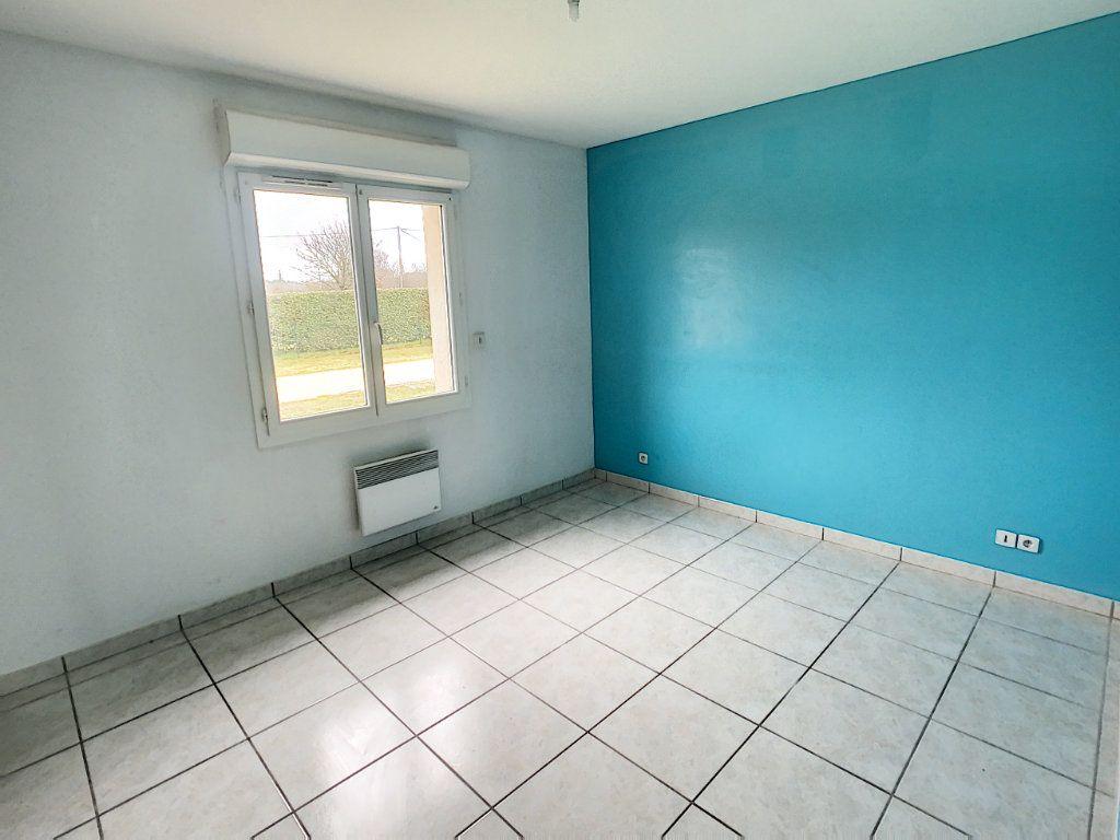 Maison à vendre 5 113.53m2 à Gièvres vignette-4