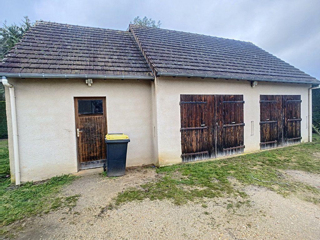 Maison à vendre 5 113.53m2 à Gièvres vignette-16
