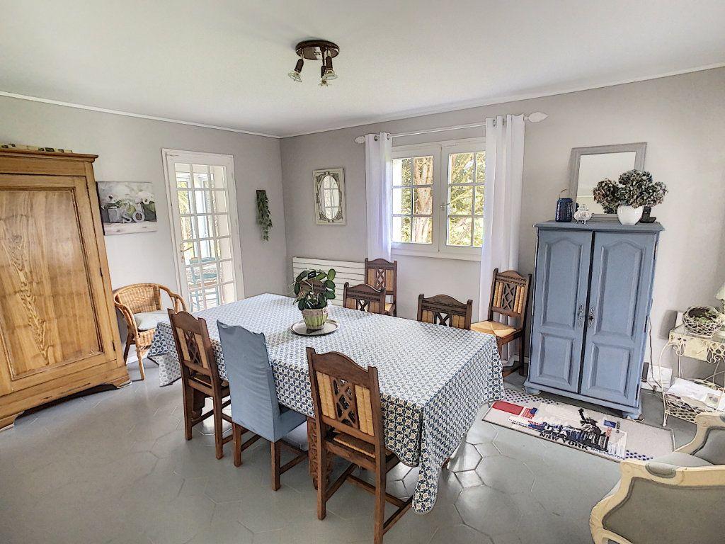 Maison à vendre 8 196m2 à Chémery vignette-3