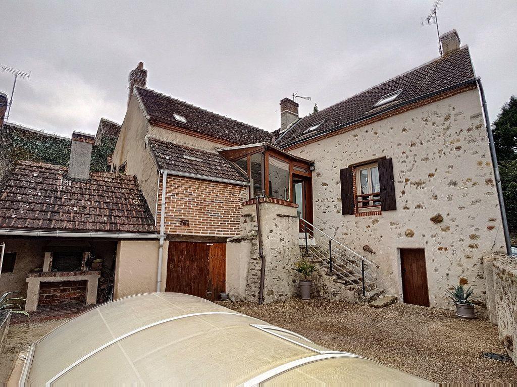 Maison à vendre 4 95m2 à Dun-le-Poëlier vignette-1