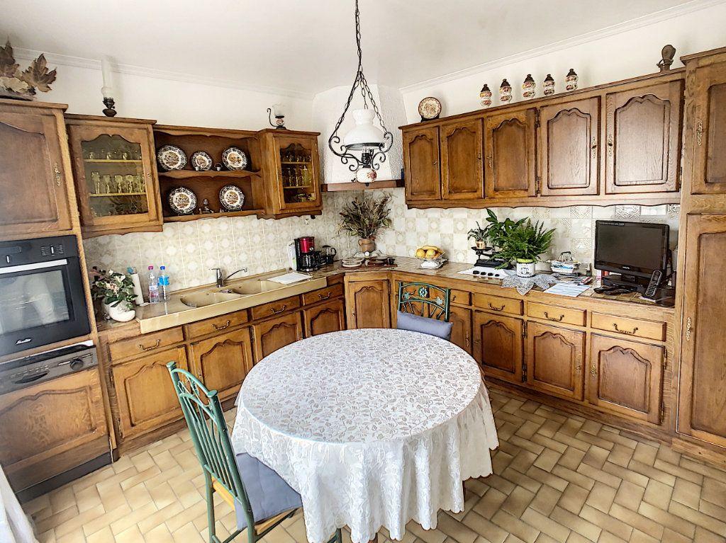Maison à vendre 5 147m2 à Romorantin-Lanthenay vignette-4
