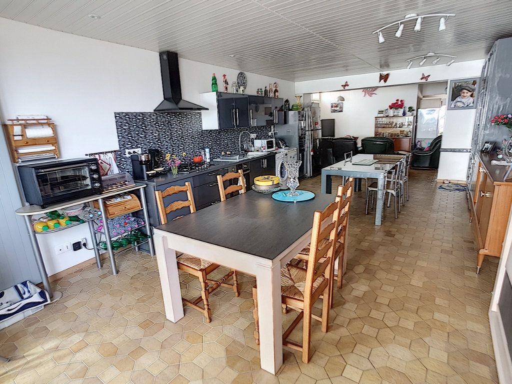 Maison à vendre 5 159.26m2 à Romorantin-Lanthenay vignette-3