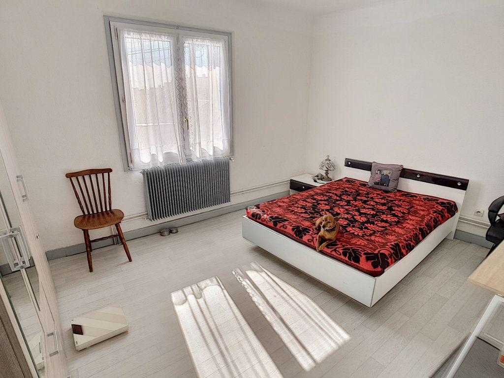 Maison à vendre 5 159.26m2 à Romorantin-Lanthenay vignette-8