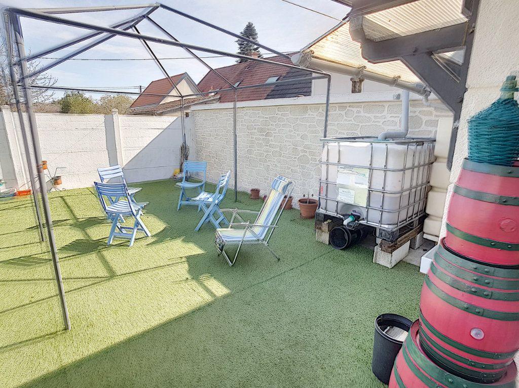 Maison à vendre 5 159.26m2 à Romorantin-Lanthenay vignette-11