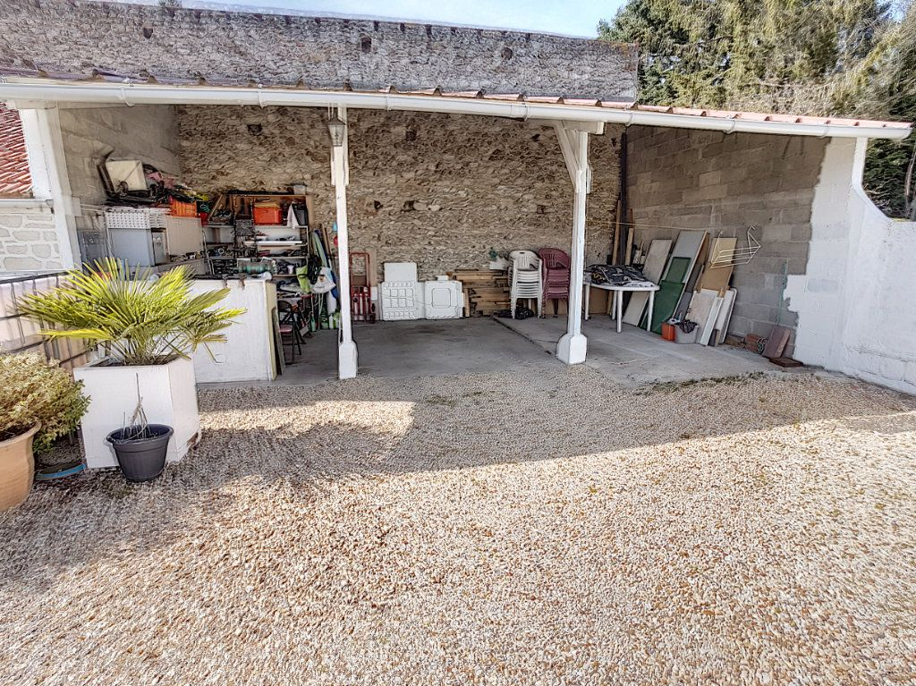 Maison à vendre 5 159.26m2 à Romorantin-Lanthenay vignette-12