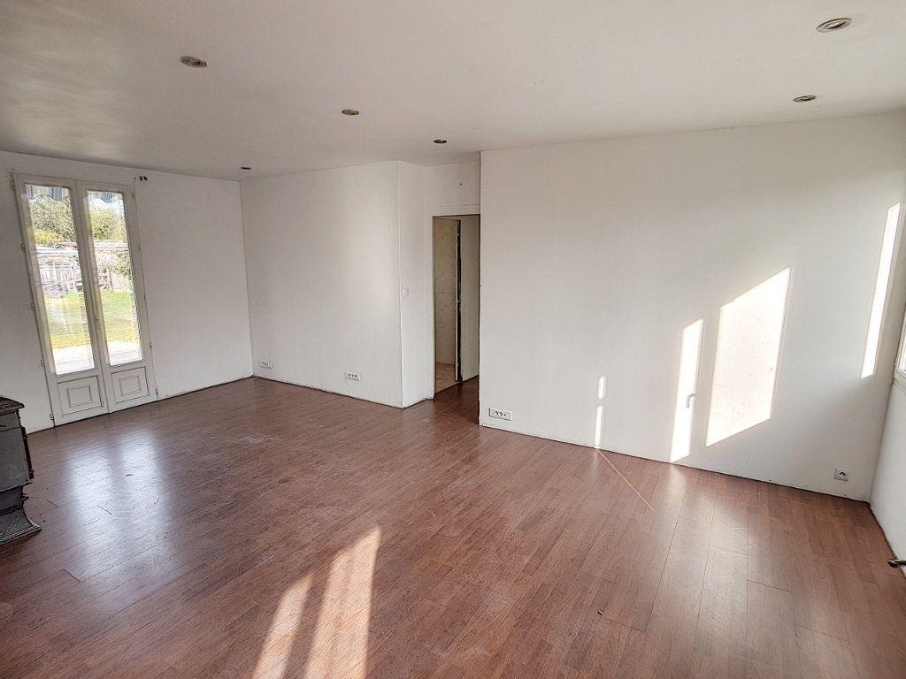 Maison à vendre 4 82.98m2 à Romorantin-Lanthenay vignette-2