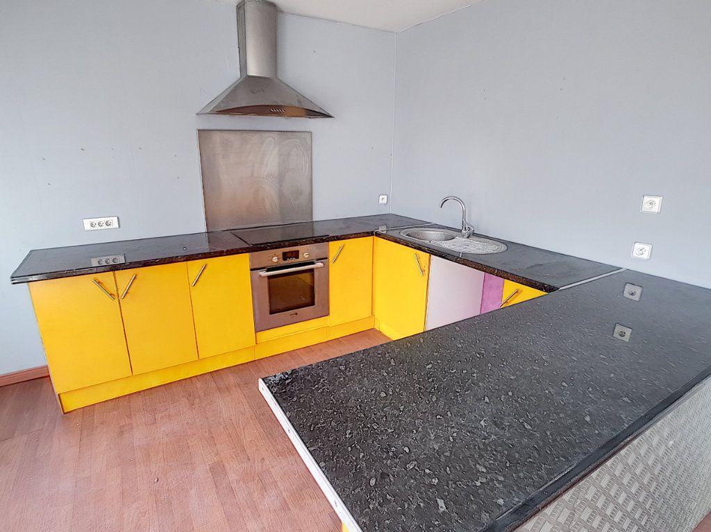 Maison à vendre 4 82.98m2 à Romorantin-Lanthenay vignette-3