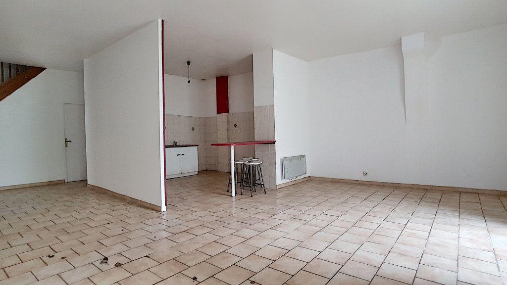 Maison à vendre 7 184.99m2 à Selles-sur-Cher vignette-7