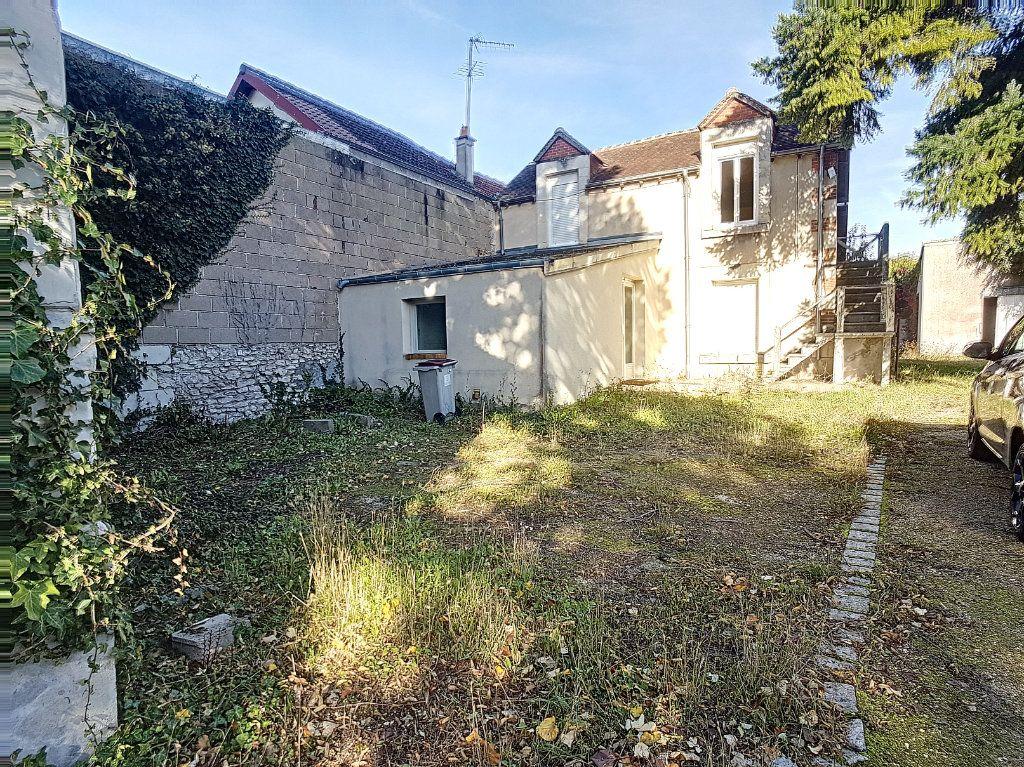 Maison à vendre 6 89.48m2 à Selles-sur-Cher vignette-1