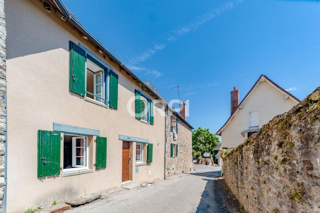 Maison à vendre 9 226m2 à Saint-Germain-les-Belles vignette-1