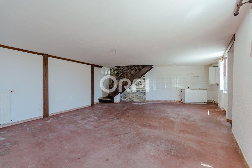 Maison à vendre 9 226m2 à Saint-Germain-les-Belles vignette-6
