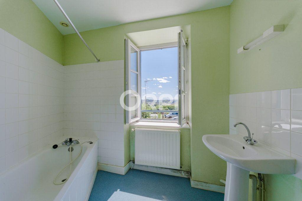 Maison à vendre 9 226m2 à Saint-Germain-les-Belles vignette-8
