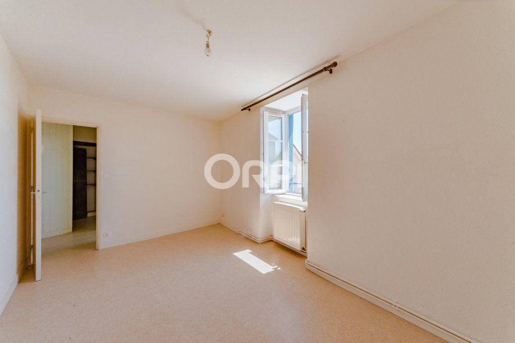 Maison à vendre 9 226m2 à Saint-Germain-les-Belles vignette-9