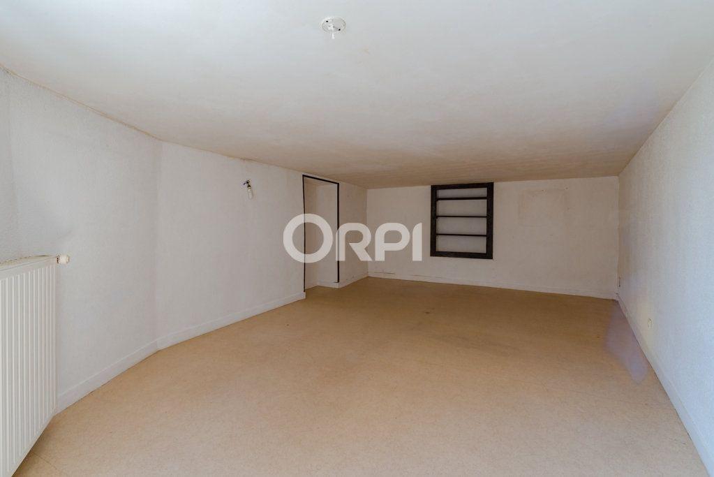 Maison à vendre 9 226m2 à Saint-Germain-les-Belles vignette-11