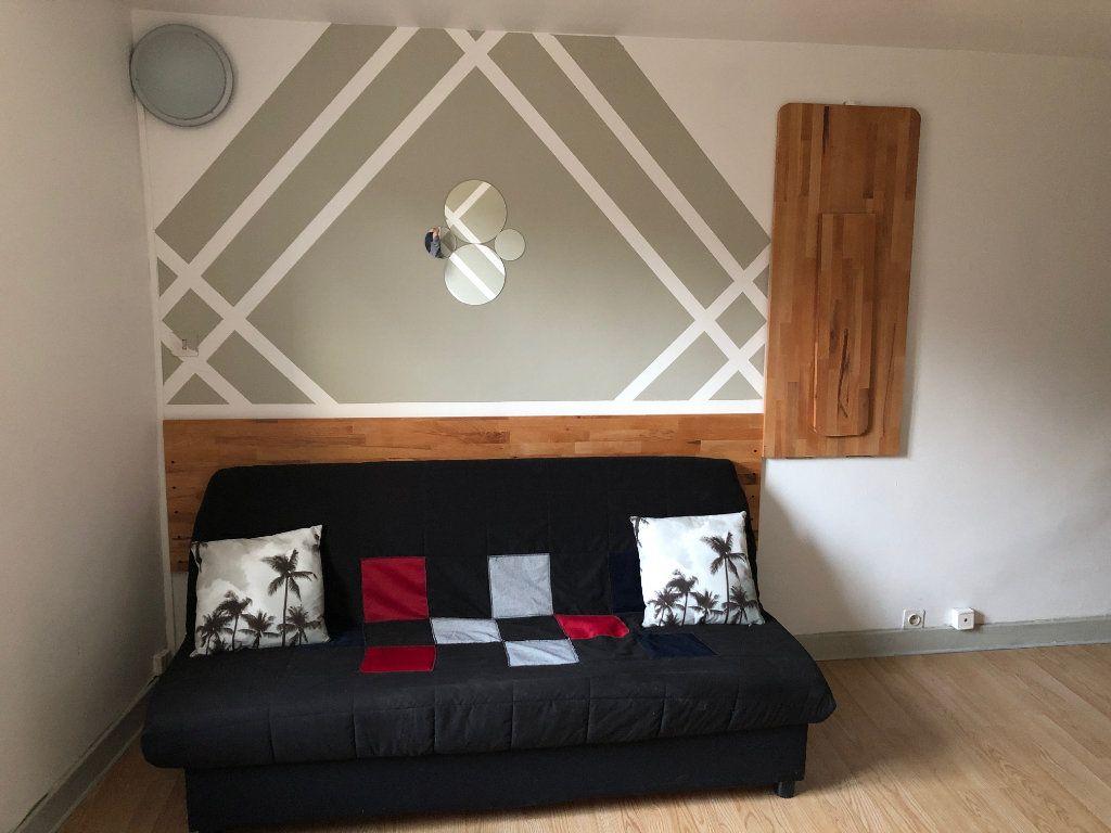 Appartement à louer 1 20m2 à Limoges vignette-2