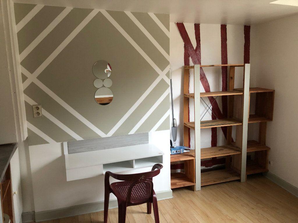 Appartement à louer 1 20m2 à Limoges vignette-4